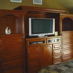 Built in bedroom cabinetry