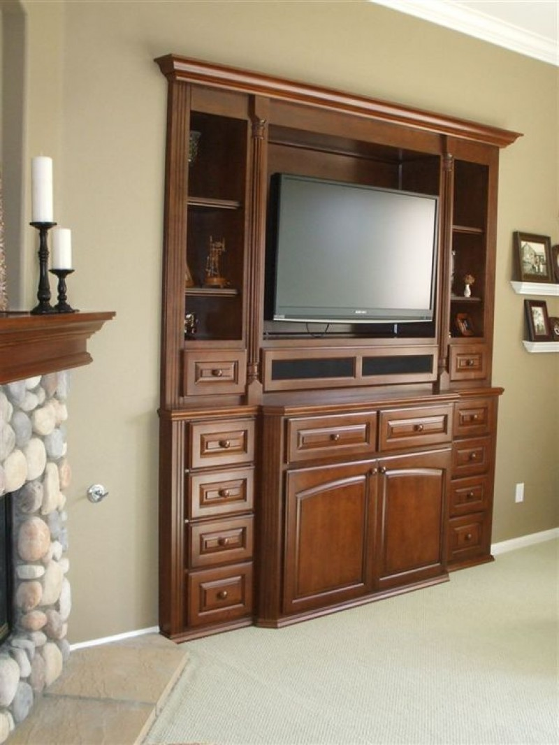 Flat screen tv built in wall unit c l design for Built in wall units