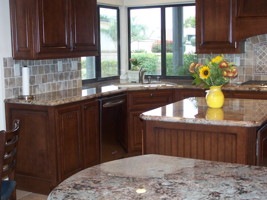 Custom kitchen cabinets in southern california c and l for Custom kitchen remodeling