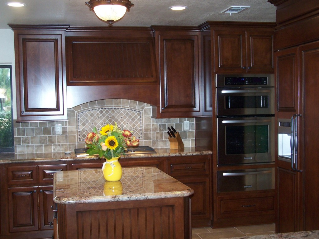 Custom Kitchen Cabinets in Southern California | C and L Designs