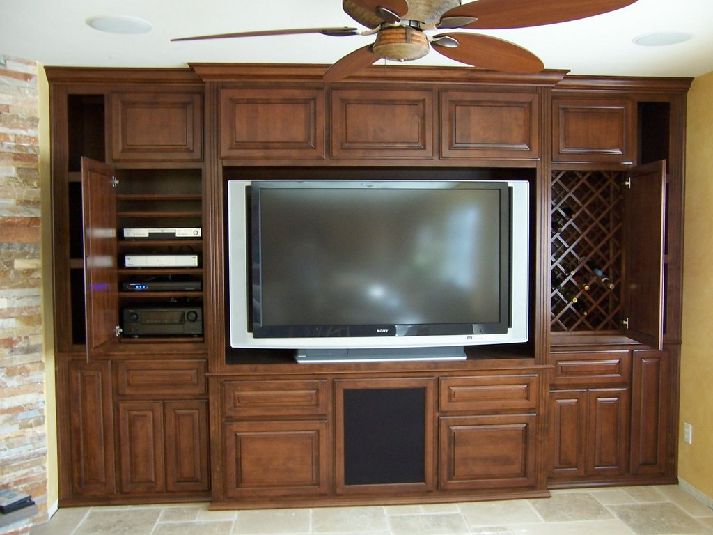 Built in entertainment wall units quotes for Built in wall units