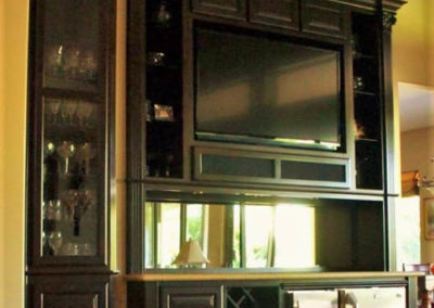 custom-home-bar-cabinets-24