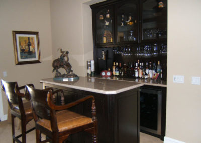 custom-home-bar-cabinets-28