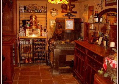 custom-home-bar-cabinets-4