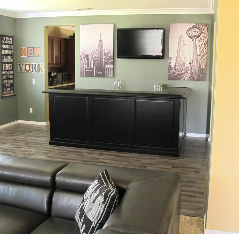 https://candldesignsinc.com/wp-content/uploads/2012/05/custom-home-bar-cabinets-66.jpg