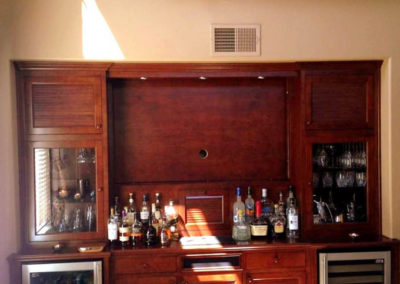 San Diego Surfer's Louver home bar
