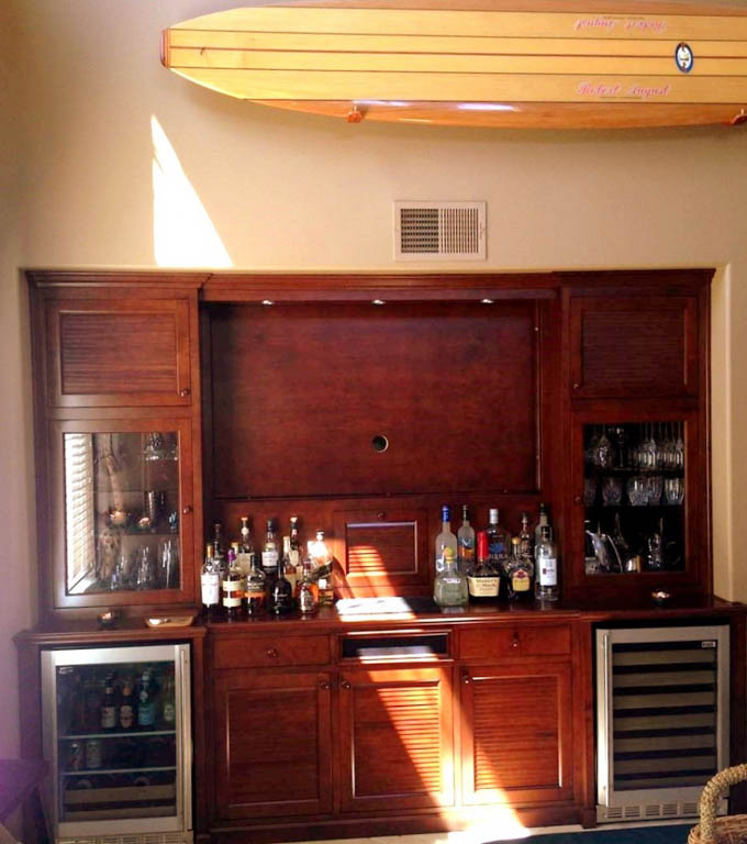 Get a custom home bar and built in wine storage cabinet for Basement bar san diego