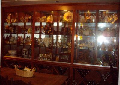 custom-home-bar-cabinets-7