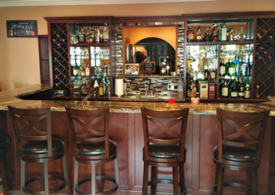 Expert custom designing should be a top priority in a custom Bar project