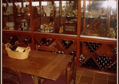 custom-home-bar-cabinets-8