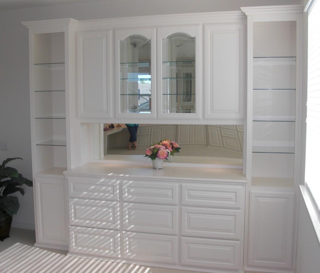 Murrieta Display cabinet (after)