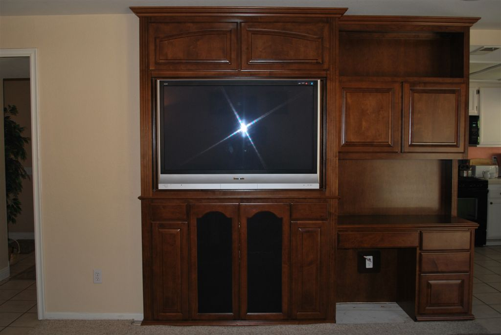 Built In Entertainment Center And Desk Combo C amp L