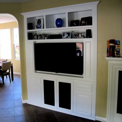 Entertainment center in San Marcos