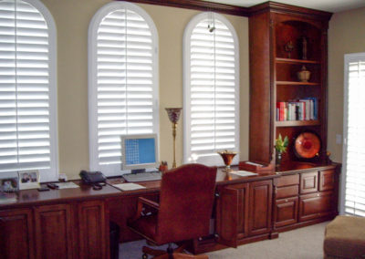 Custom home office in Lake Forest