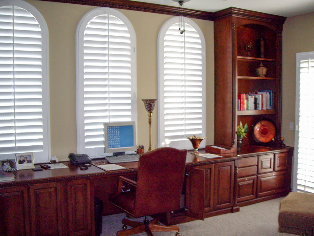 Elegant Custom Home Office In Lake Forest