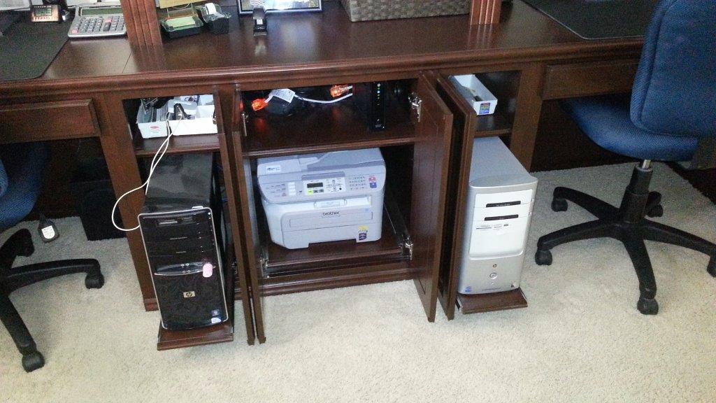 Built In Desk With Pull Out Shelves C Amp L Design